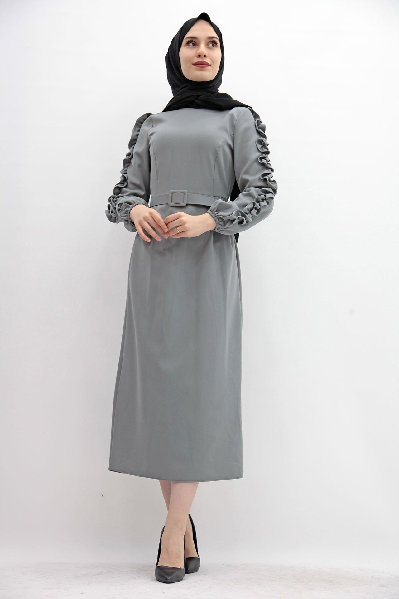 GİZAGİYİM - Kolları Fırfırlı Elbise Gri