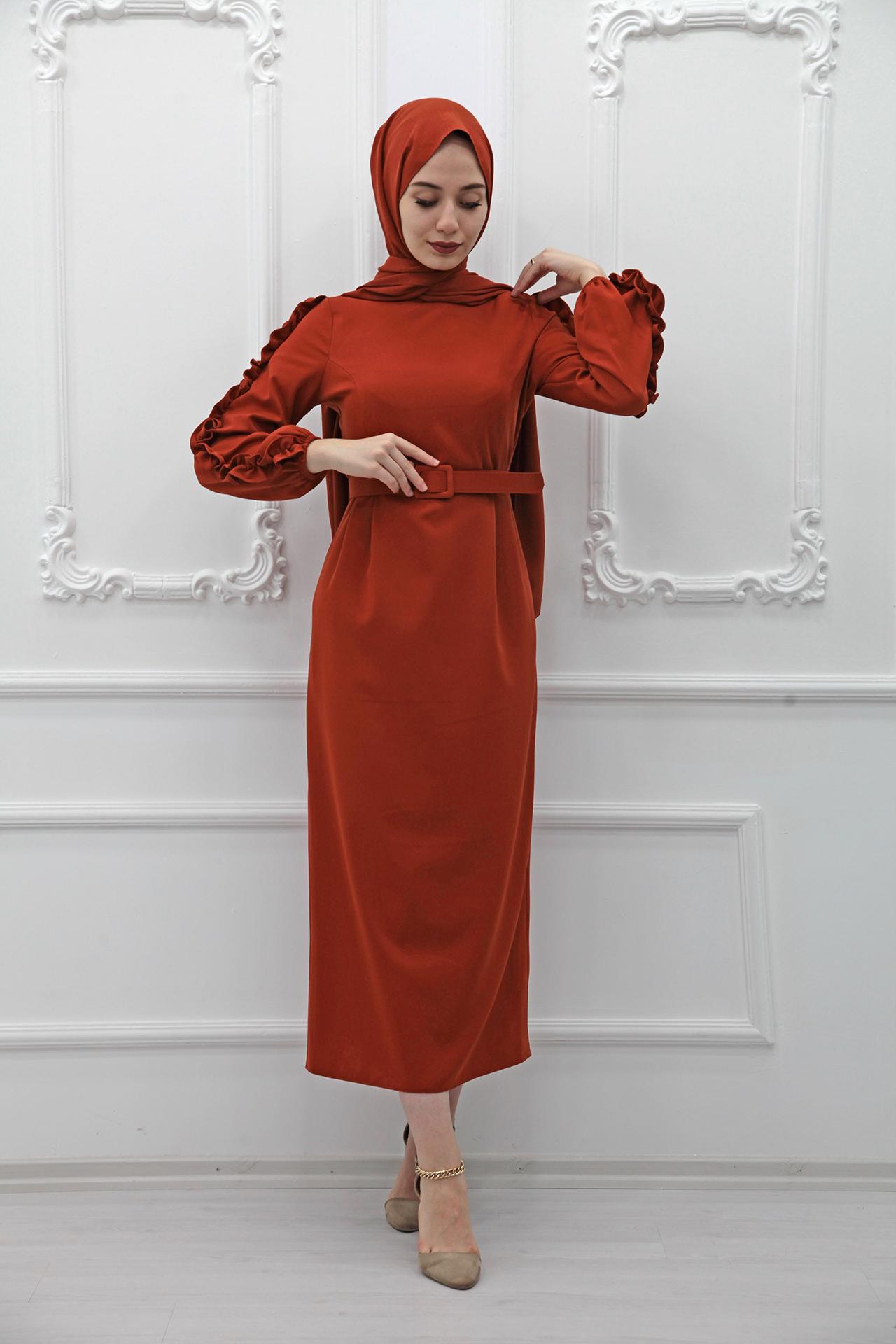 GİZAGİYİM - Kolları Fırfırlı Elbise Kiremit