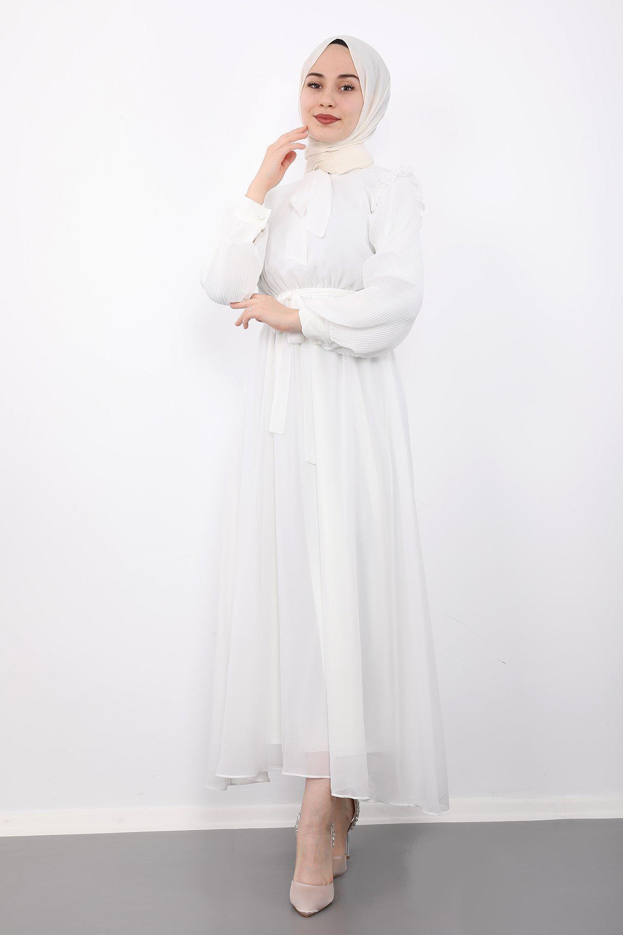 GİZAGİYİM - Kolları Piliseli Tesettür Elbise Beyaz