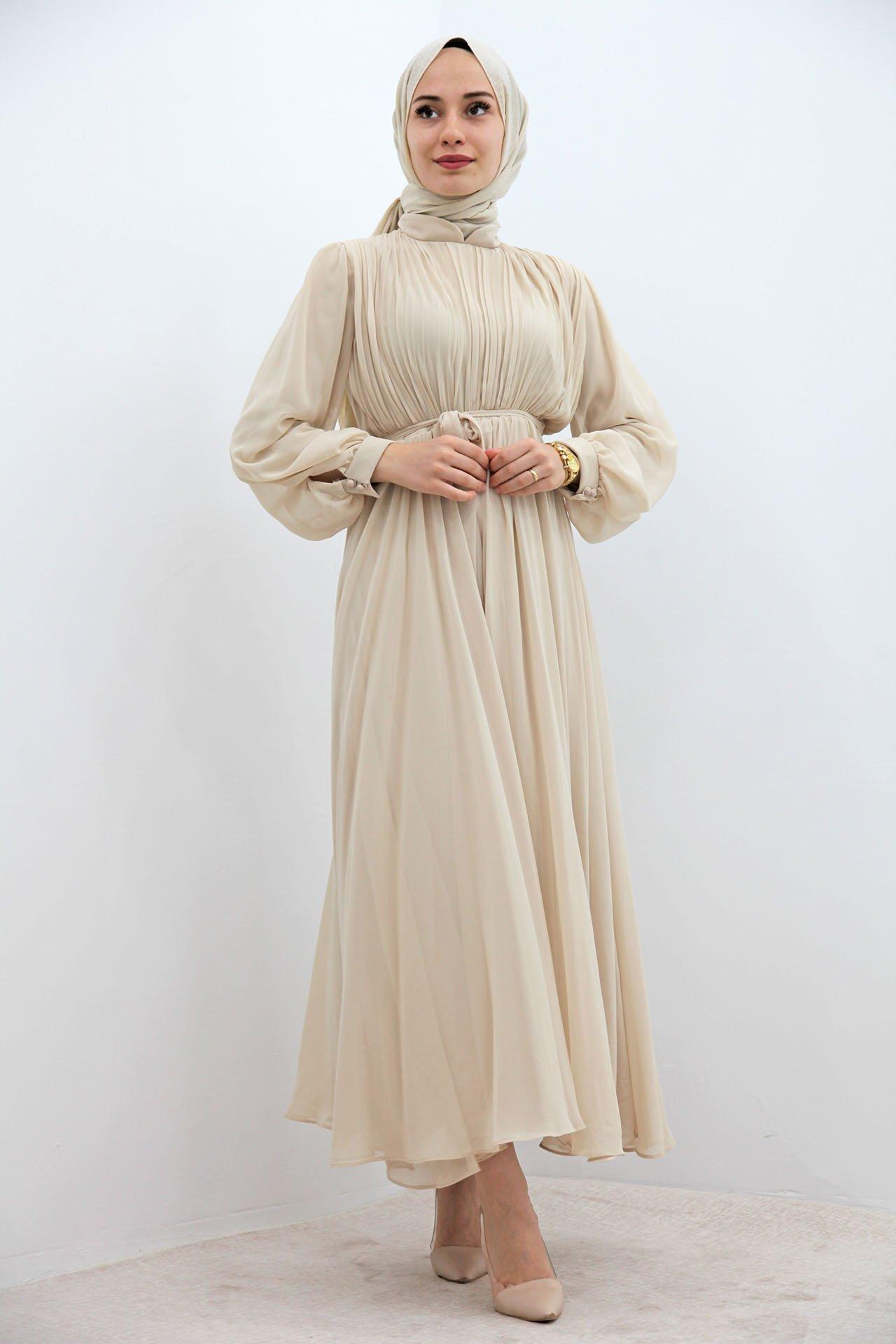 GİZAGİYİM - Kuyruklu Pilisoley Şifon Elbise Krem