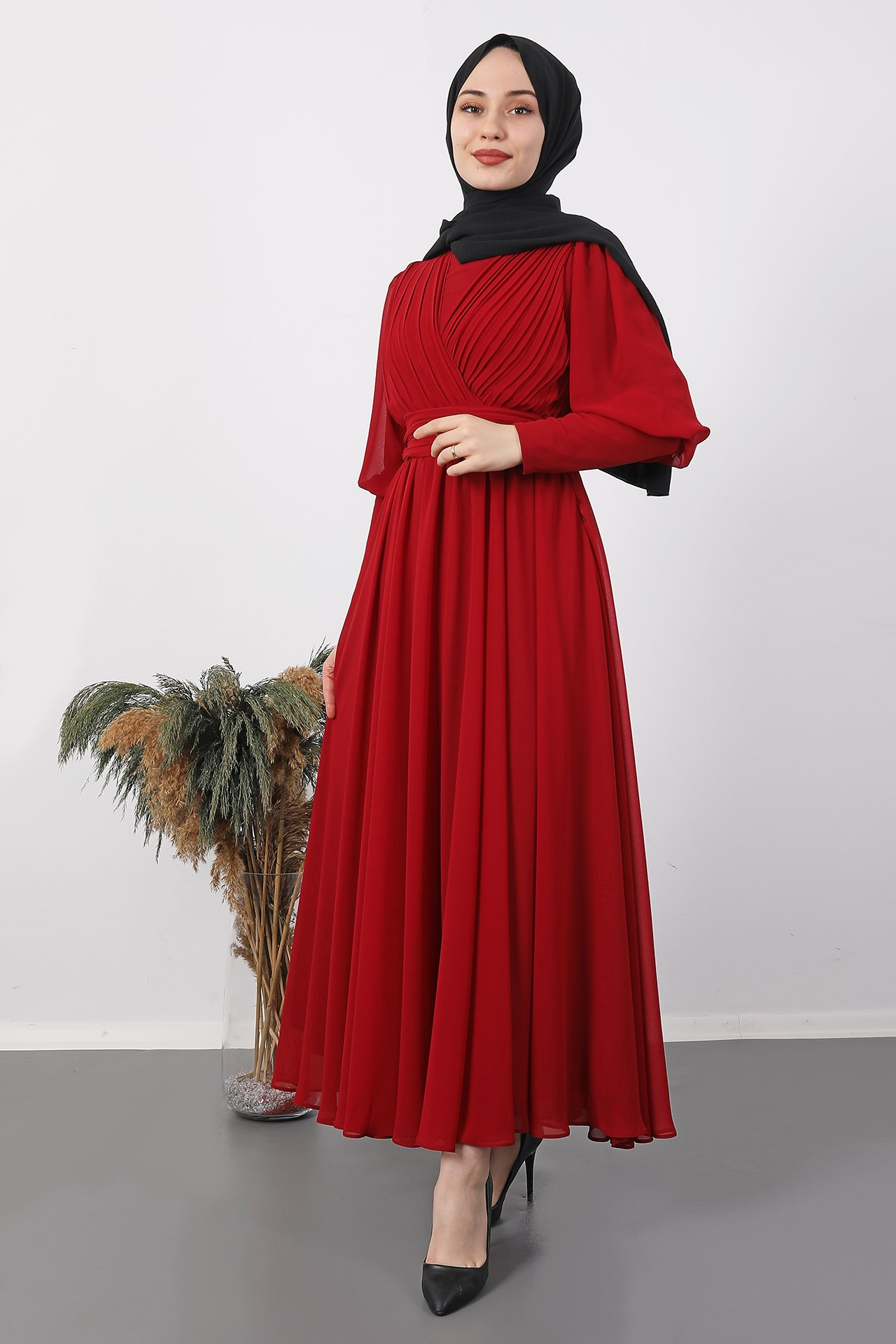 GİZAGİYİM - Kol Manşetli Piliseli Elbise Bordo