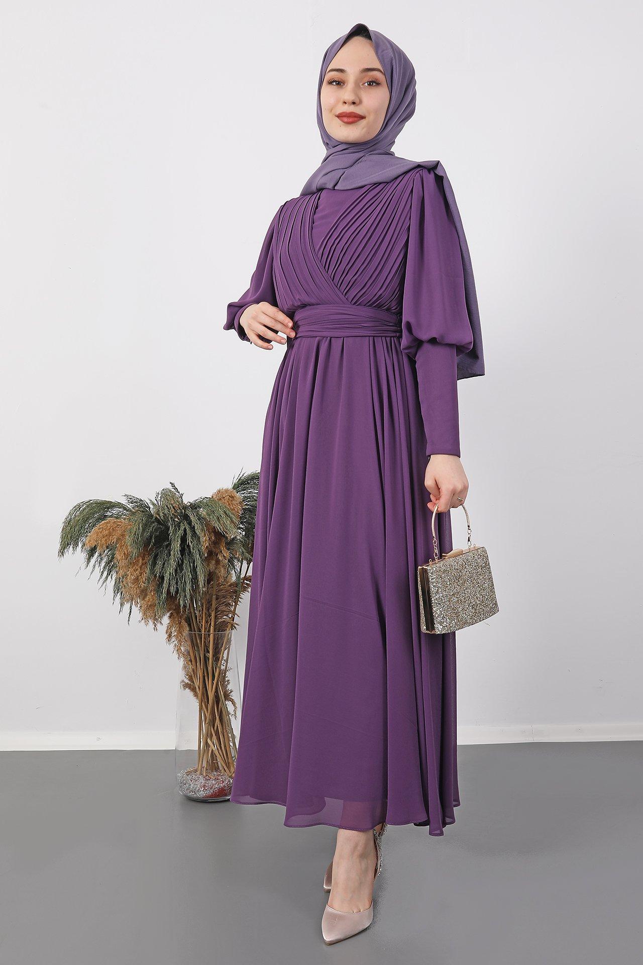 GİZAGİYİM - Kolu Manşetli Piliseli Elbise Mor