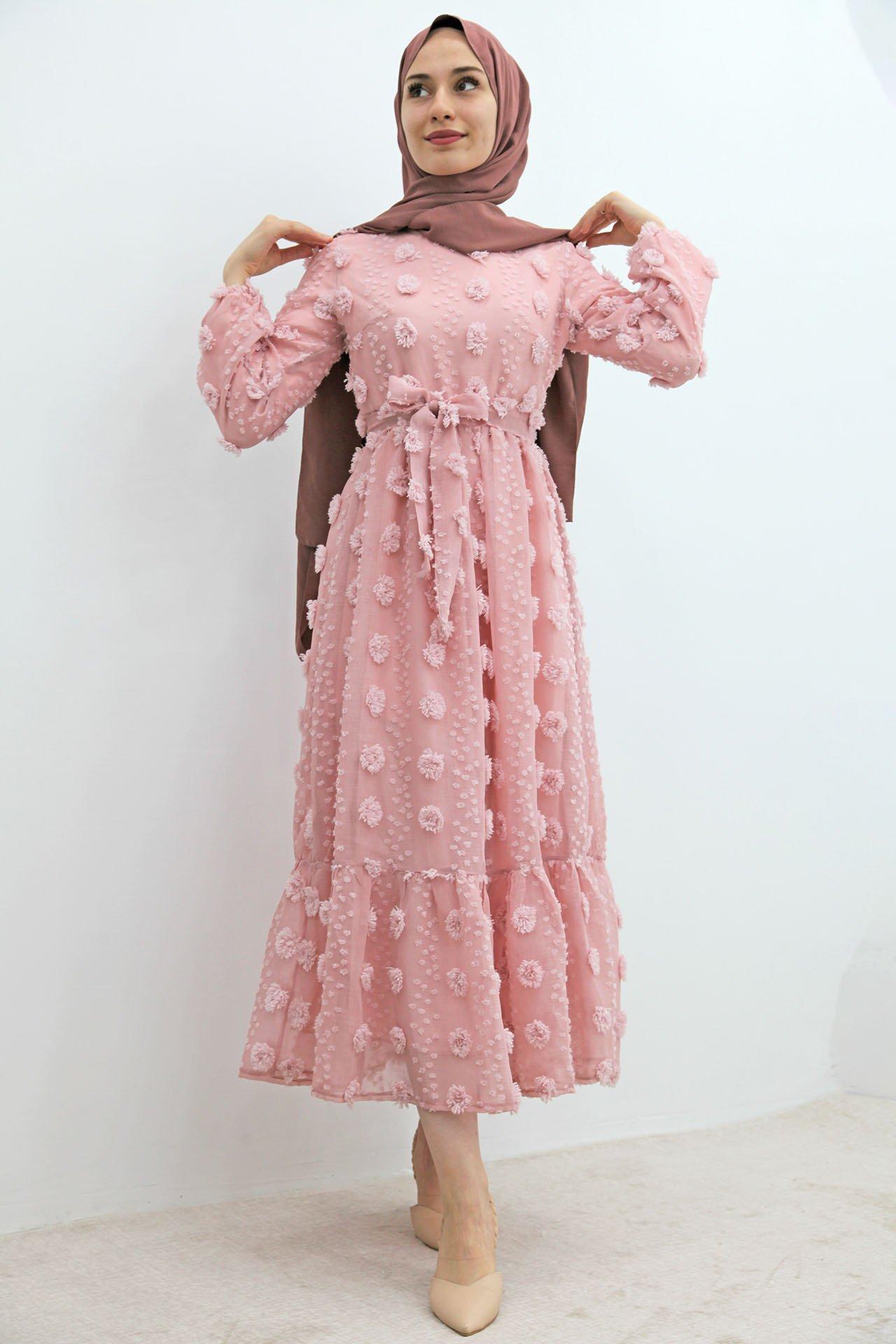 GİZAGİYİM - Belden Pileli İşlemeli Elbise Pudra