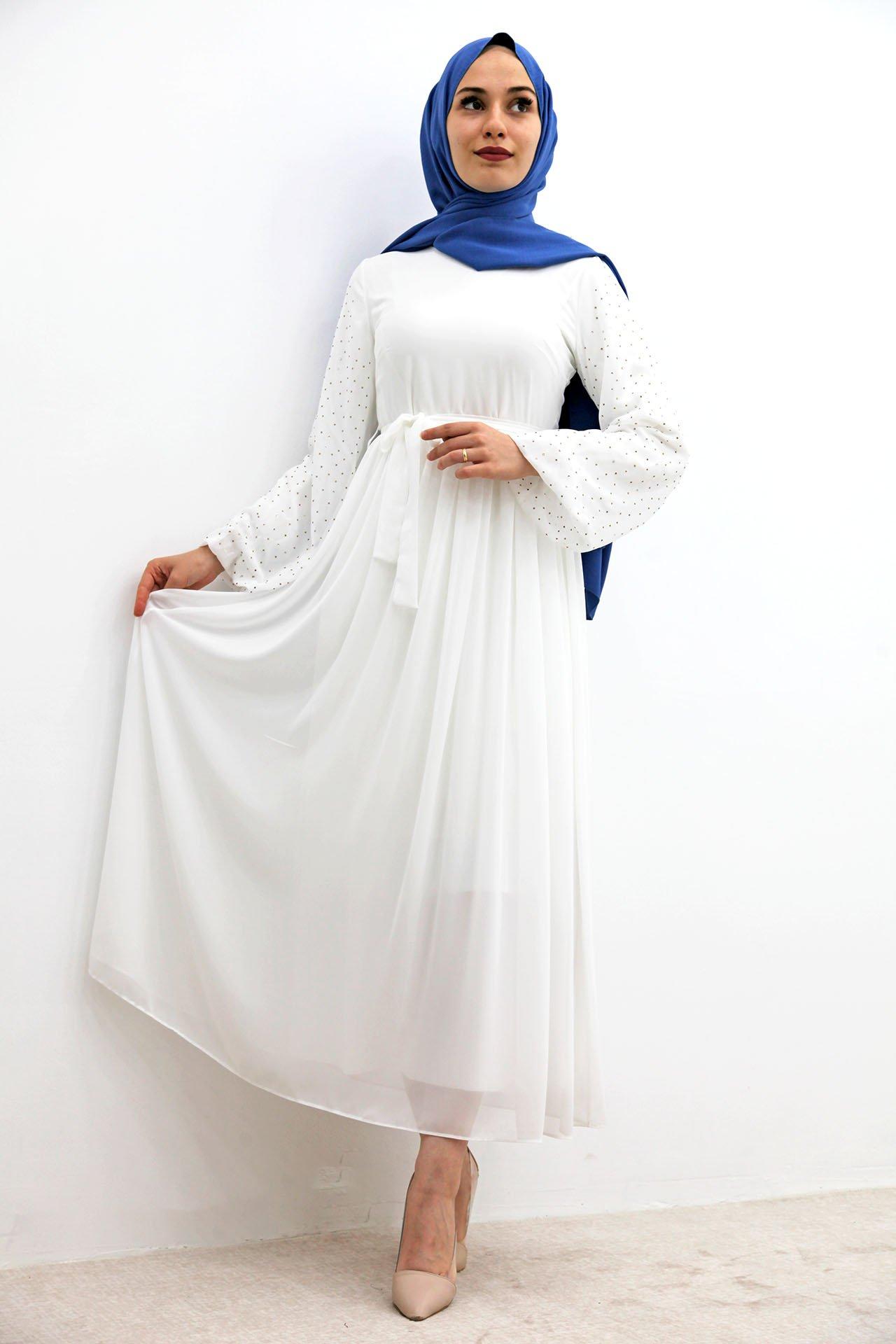 GİZAGİYİM - Kolları Taşlı Şifon Tesettür Elbise Beyaz