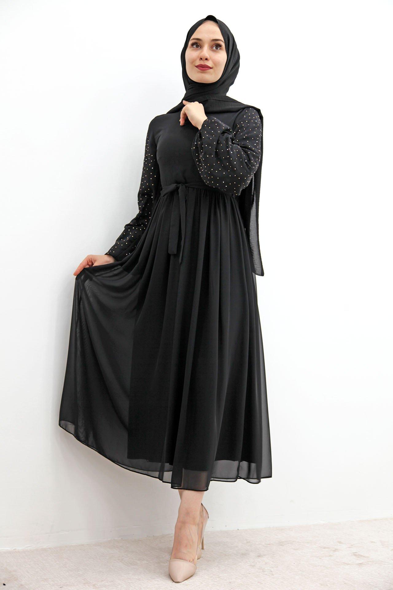 GİZAGİYİM - Kolları Taşlı Şifon Tesettür Elbise Siyah