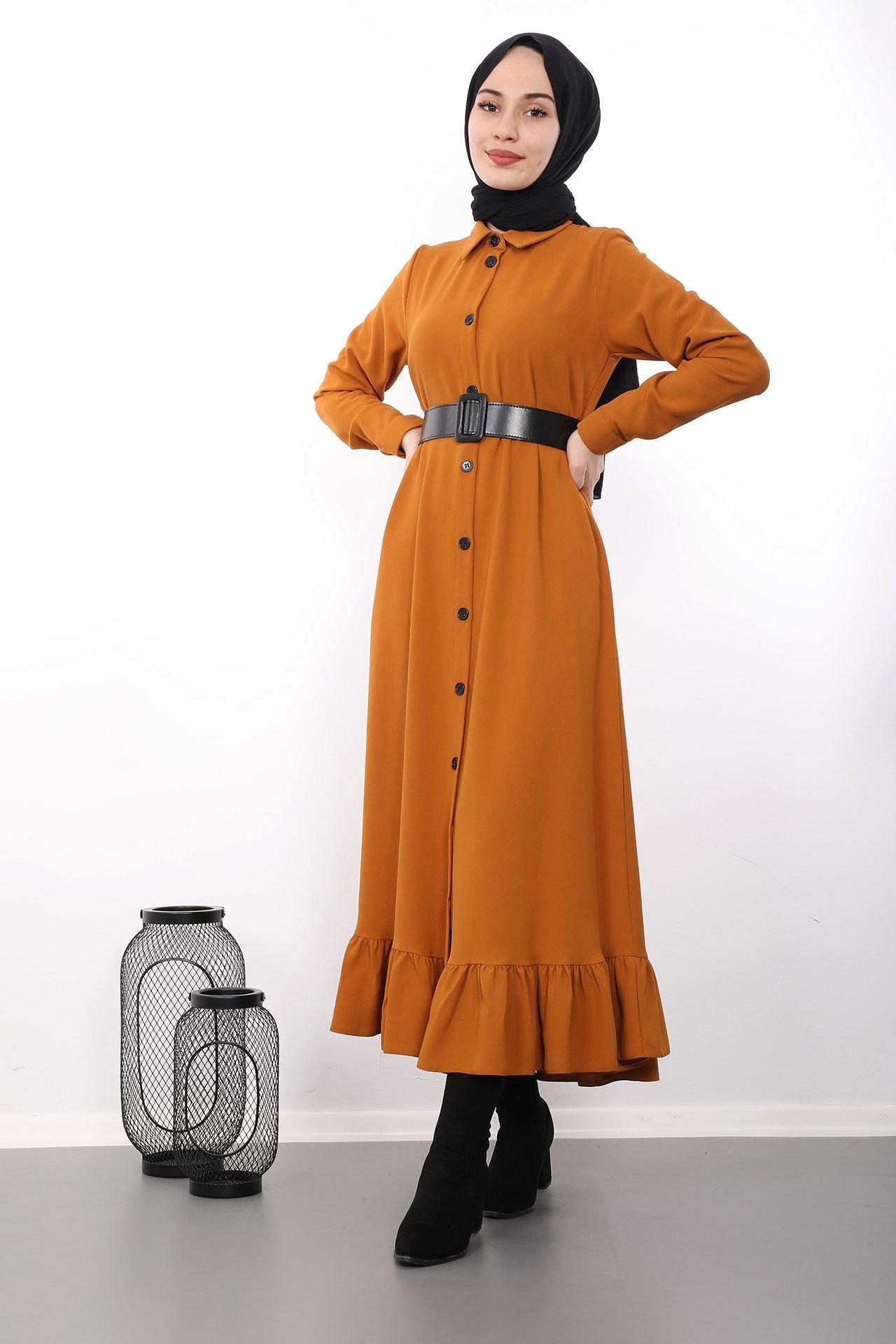 GİZAGİYİM - Altı Fırfırlı Düğmeli Tesettür Elbise Hardal