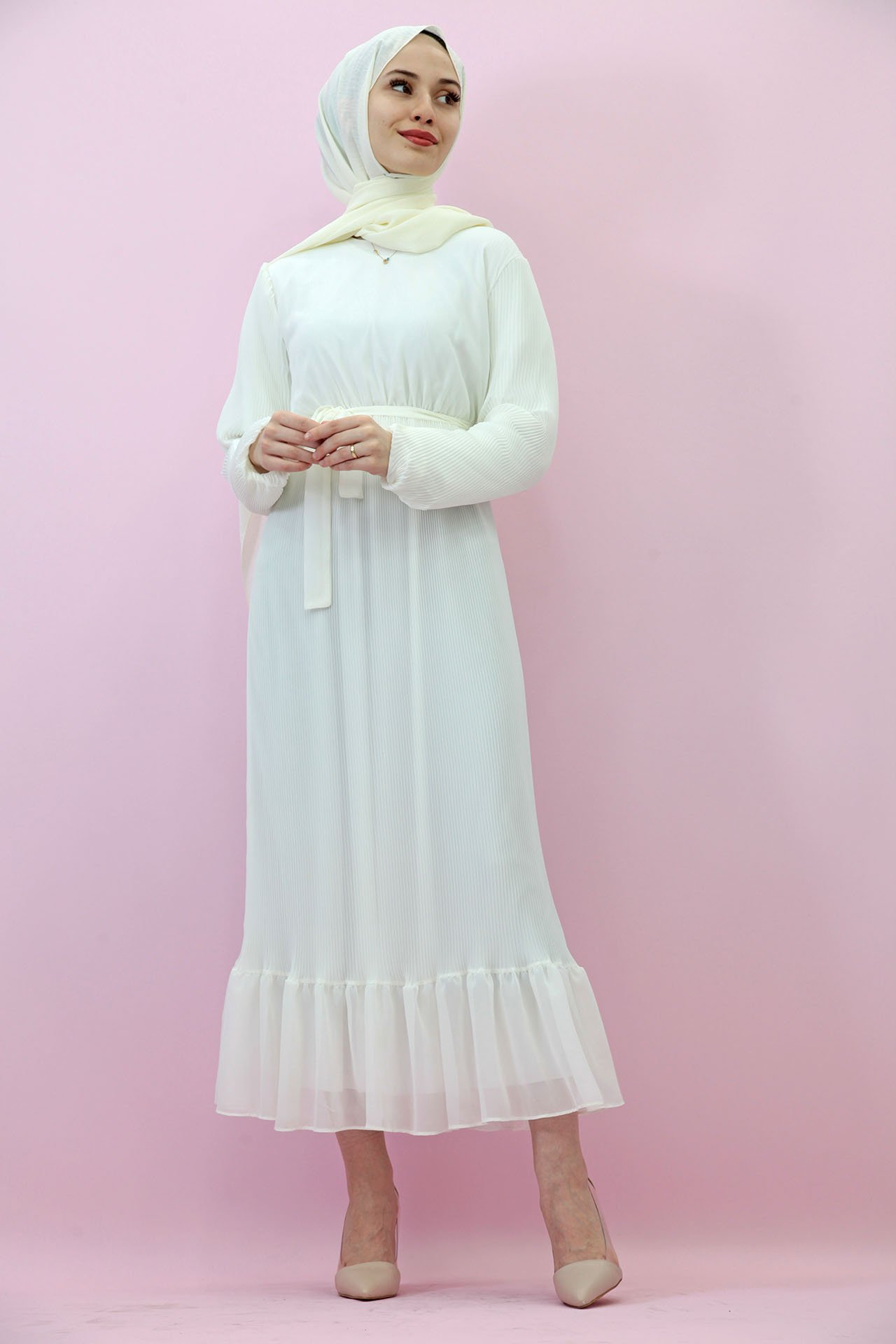 GİZAGİYİM - Kolu Lastikli Pilisoley Elbise Beyaz