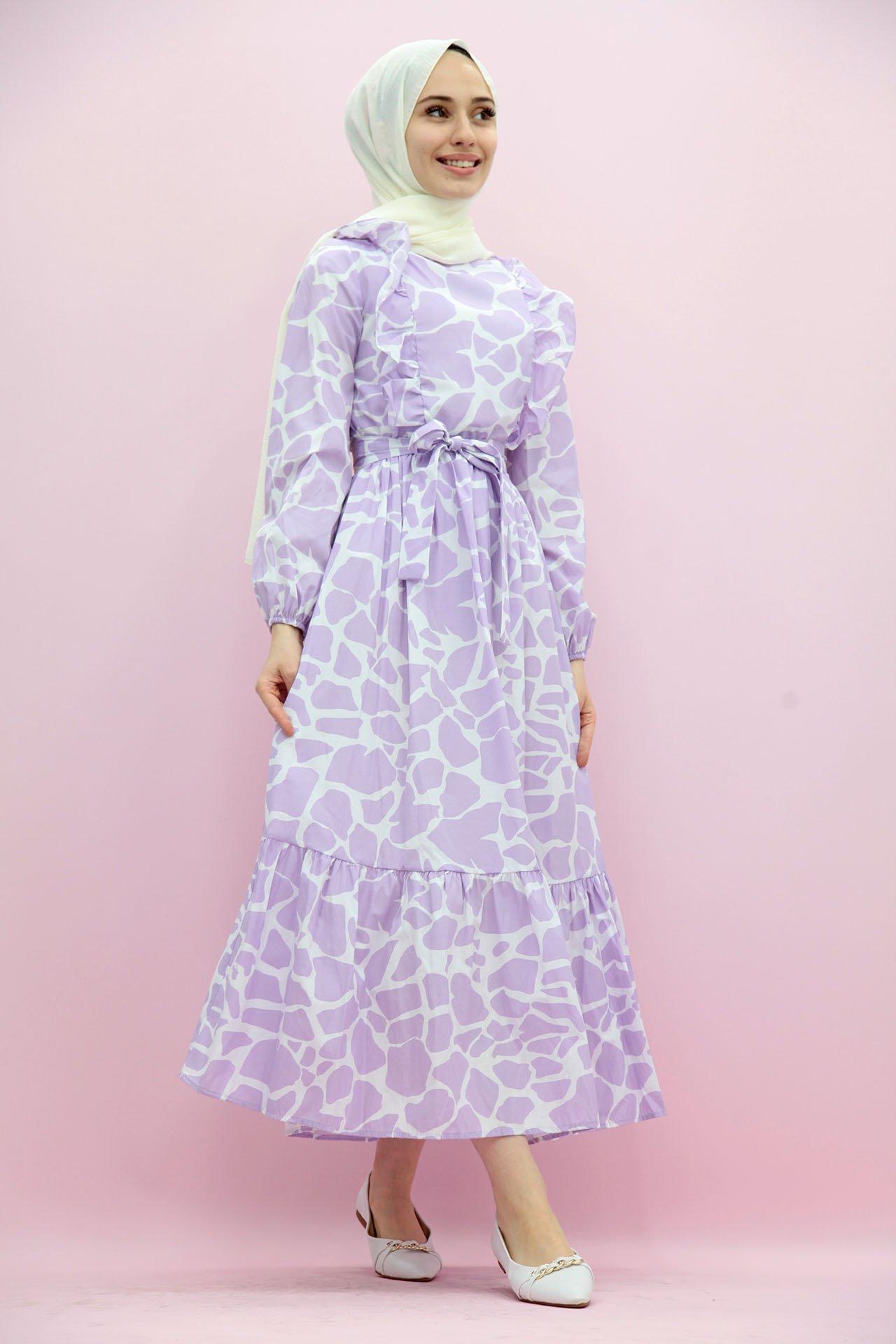 GİZAGİYİM - Desenli Fırfırlı Tesettür Elbise Lila