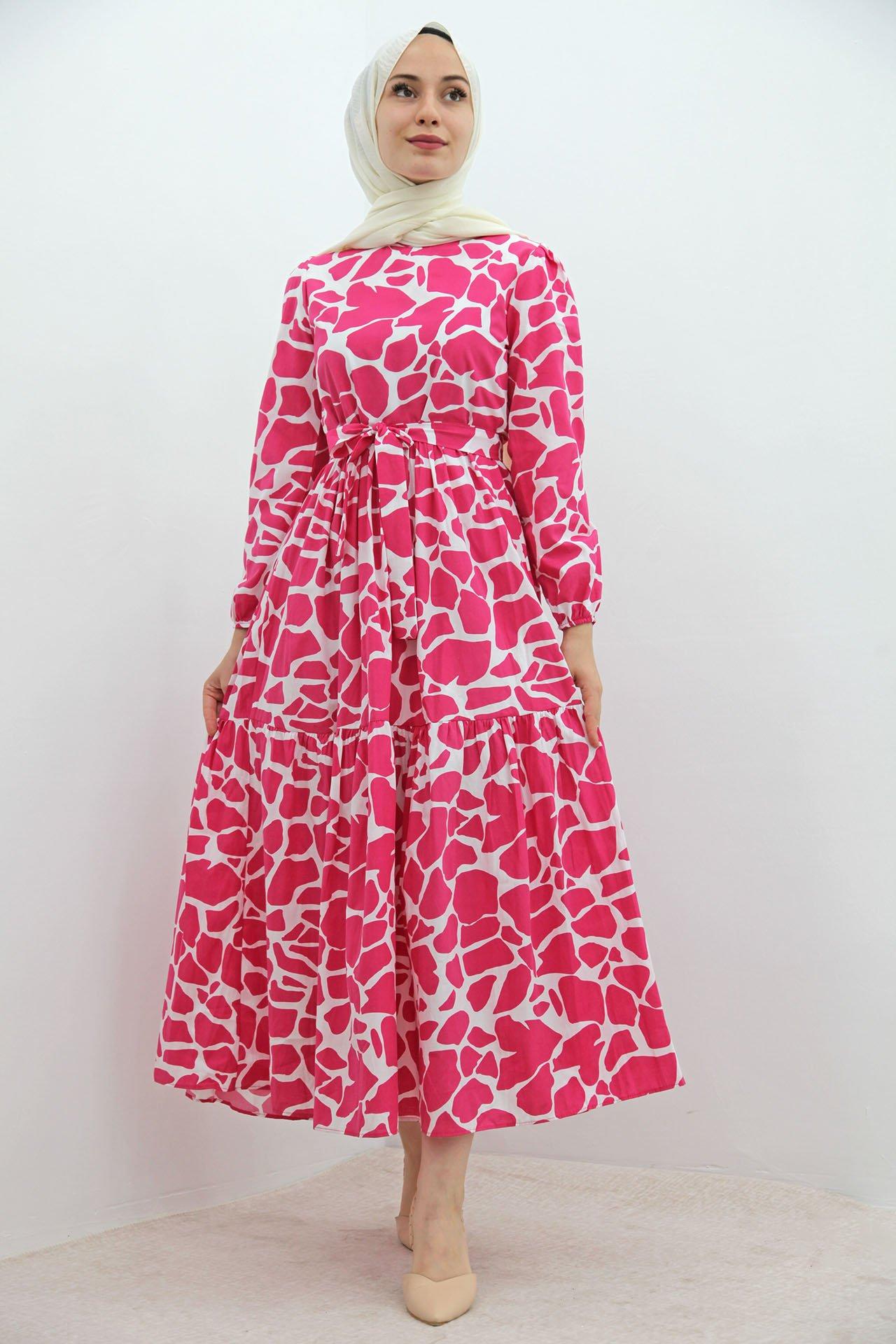 GİZAGİYİM - Desenli Fırfırlı Tesettür Elbise Pembe