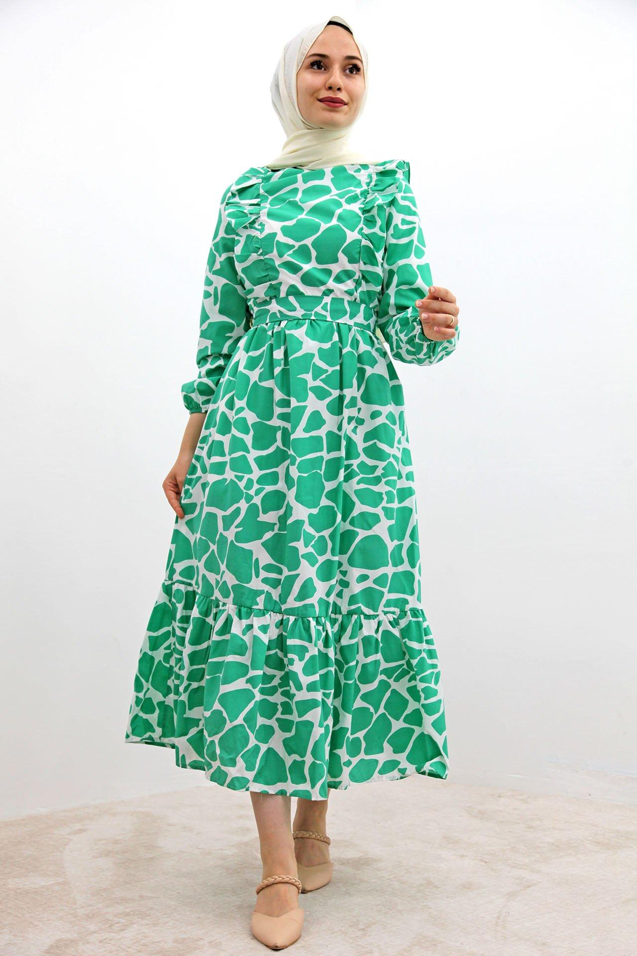GİZAGİYİM - Desenli Fırfırlı Tesettür Elbise Yeşil
