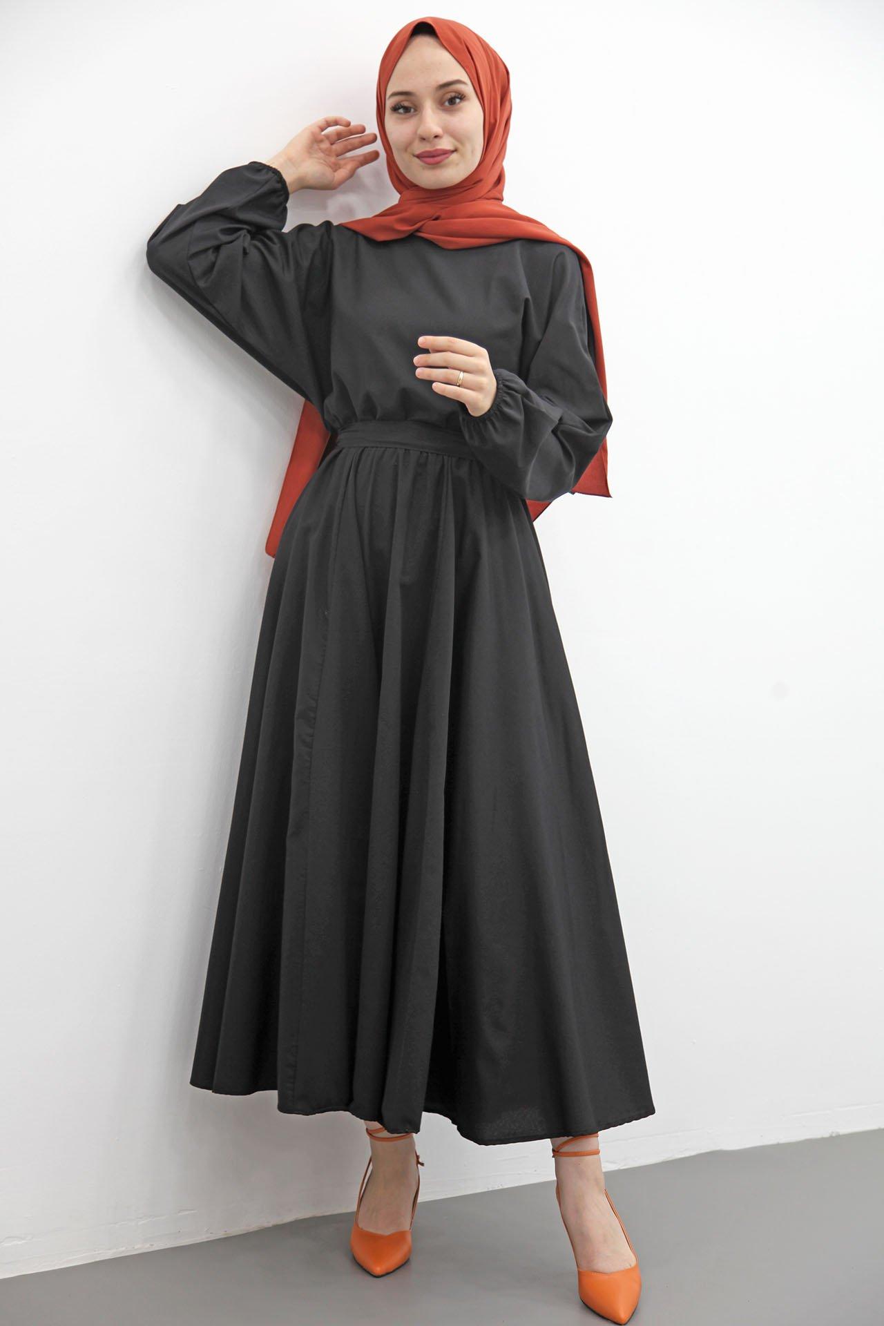 Giza Beli Lastikli Kloş Tesettür Elbise Siyah - Thumbnail