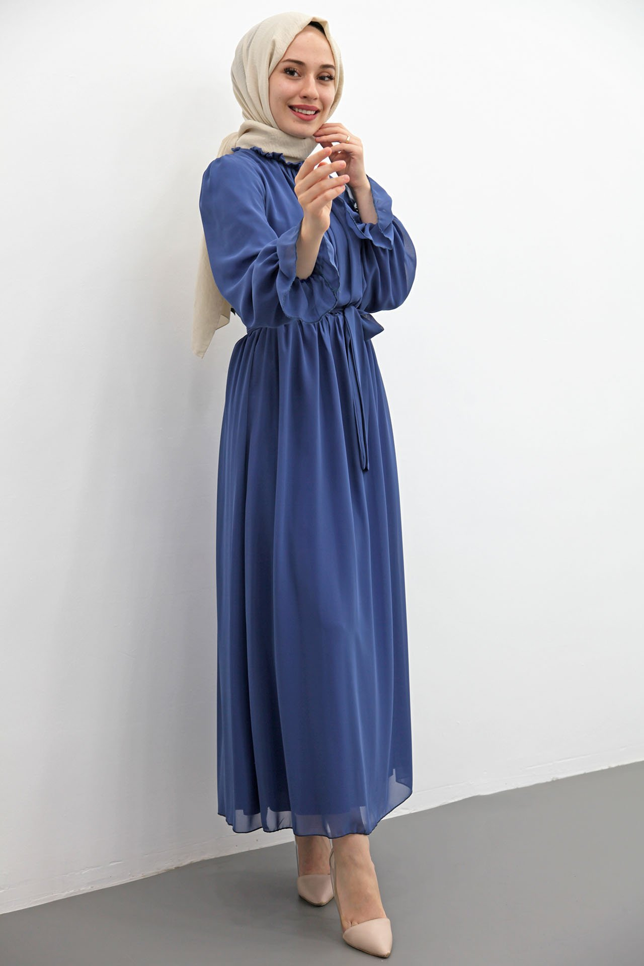 Giza Kol Boyun Fırfır Tesettür Elbise Mavi - Thumbnail
