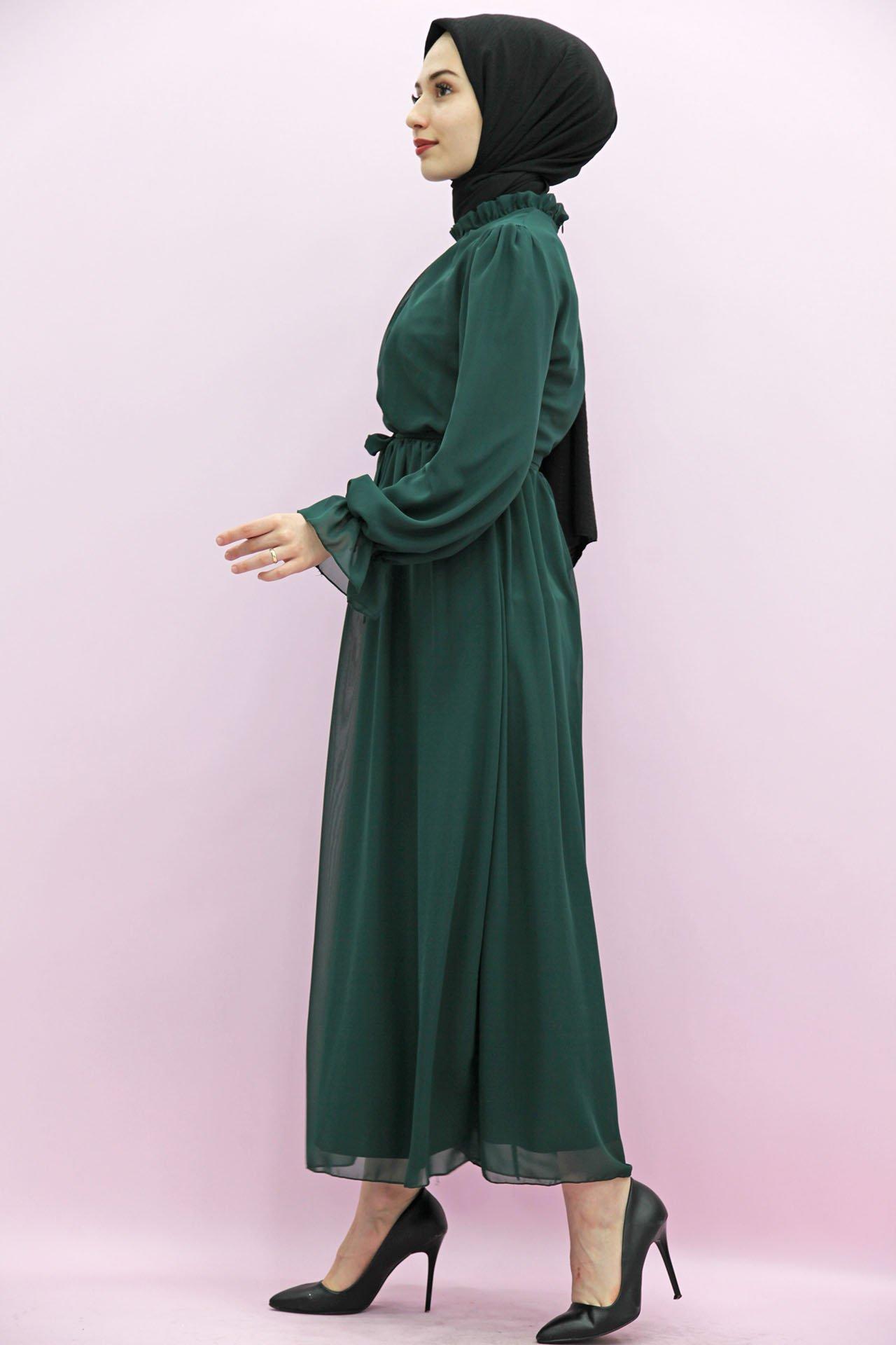 Giza Kol Boyun Fırfır Tesettür Elbise Zümrüt - Thumbnail