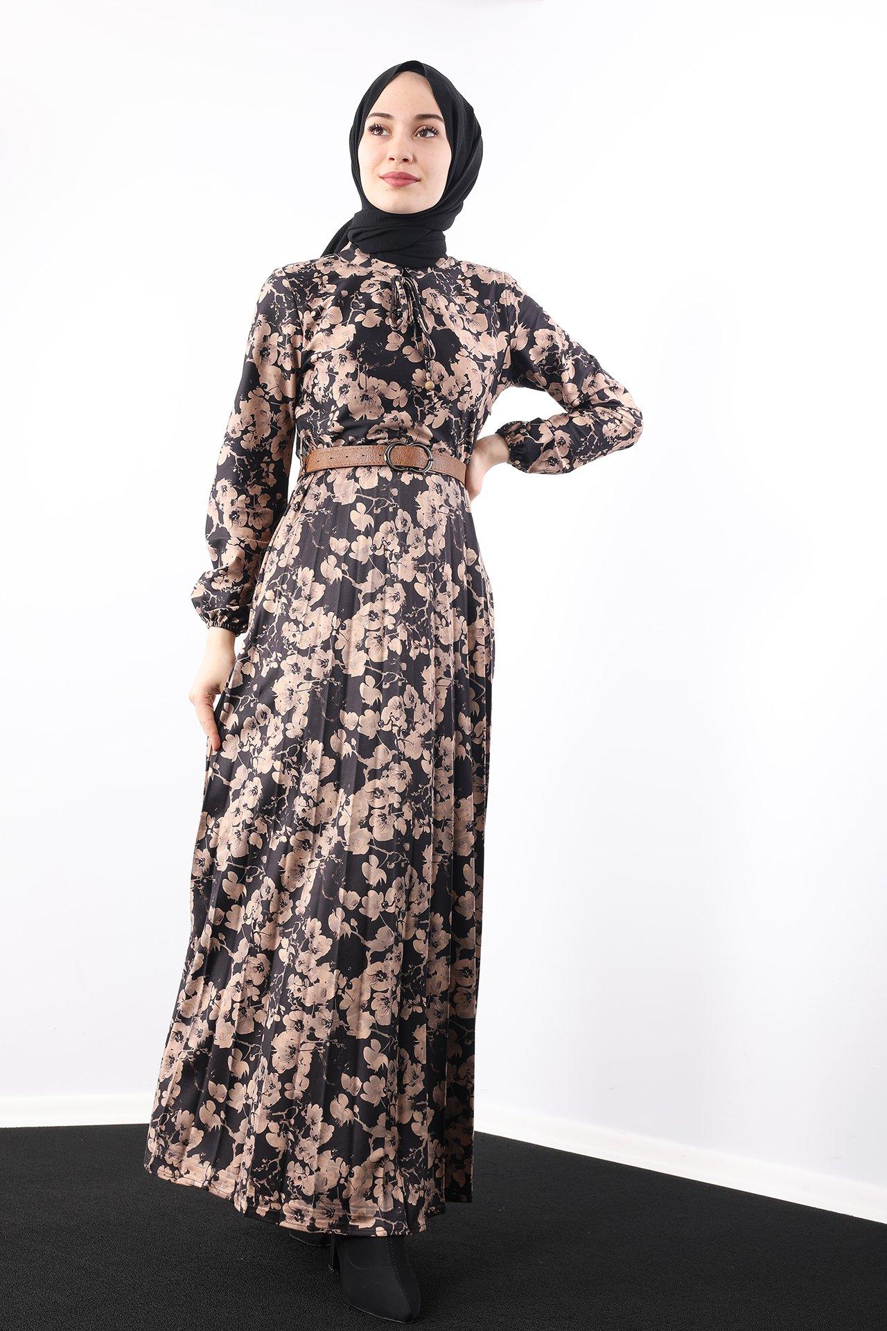GİZAGİYİM - Çiçekli Eteği Pileli Elbise Siyah